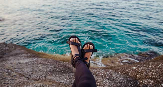 Best Sandals For Ugly Toes